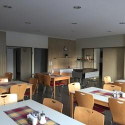 Der Speisesaal im deutschen Freizeitheim Friedrich-Blecher-Haus.