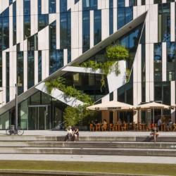 dedd Kö in Düsseldorf als Ausflug vom barrierefreien Gruppenhotel für behinderte Menschen