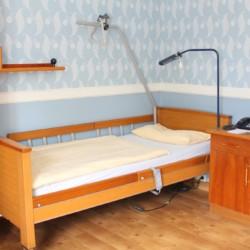 Ein Zimmer im Heidehotel Bad Bevensen in Deutschland.