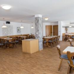 Speisesaal im Freizeithaus Hotel Bayerischer Wald*** in Deutschland für barrierefreie Urlaube.