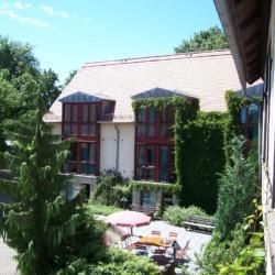 Terasse am deutschen Gruppenheim Gästehaus Harz für Kinder und Jugendfreizeiten.