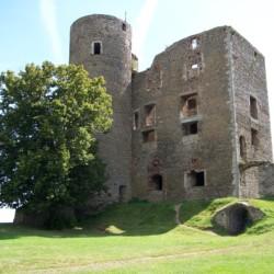 Ausflüge zu historischen Burgen am Freizeithaus Gästehaus Harz in Deutschland.