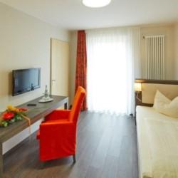 Einzelzimmer im deutschen Gruppenhaus Fit Hotel Much - Bergisches Land*** für barrierefreie Gruppenreisen.