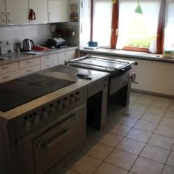 Die Küche im Bergheim Riedelsbach in Deutschland.
