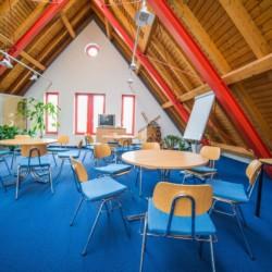 Gruppenraum im Gruppenhotel Zittauer Gebirge in Deutschland.