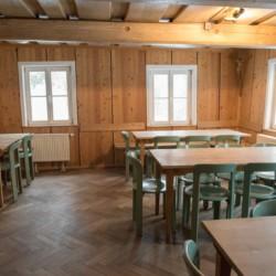 Der Speisesaal im Freizeitheim Waldmichl in Deutschland.