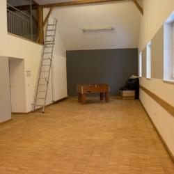Ein Gruppenraum im Gruppenhaus Waldmichl in Deutschland.