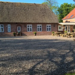 Das dänische Gruppenhaus Vadehavs.