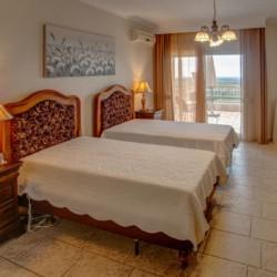 GRVO Rollihotel Villa Sevasti, barrierefreie Schlafräume für Behinderte