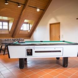 Freizeitraum im Freizeitheim Ering in Bayern für Jugendfreizeiten