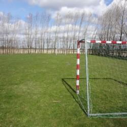 Der Fußballplatz im dänischen Freizeitheim Haervejens Leirskole für große Gruppen.