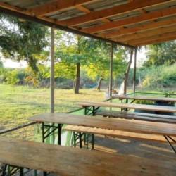 Cafeteria im griechischen Feriencamp für Jugendfreizeiten direkt am Meer