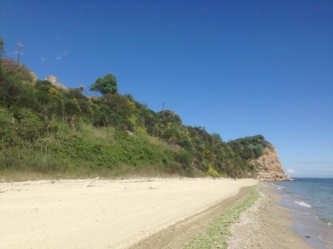 Strand am griechischen Feriencamp für Jugendfreizeiten direkt am Mittelmeer