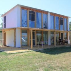 Panoramahaus im griechischen Feriencamp für Jugendfreizeiten direkt am Meer