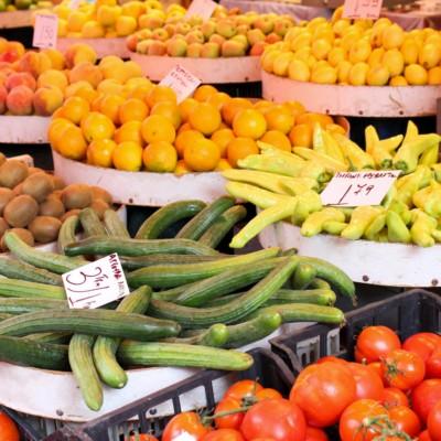 Oft sind die lokalen Produkte günstiger, frischer und leckerer - man muss nicht immer in den Bio-Markt um nachhaltig einzukaufen!