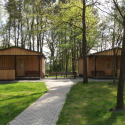 Im deutschen Freizeitheim Marwede gibt es zwei zusätzliche Schlafhütten