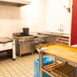 Gruppenküche im holländischen Freizeitheim Zwerfsteen