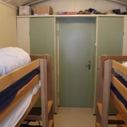 Ein Vierbettzimmer in der Leiterhütte des norwegischen Gruppenhauses Omlid.