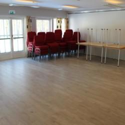 noas Gruppenhaus in Norwegen mit vielen Gruppenräumen. Auch große Gruppenräume.