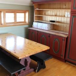 Sitzecke in der Küche im norwegischen Freizeitheim im Hochfjell.