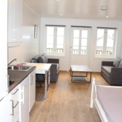 noun Appartements im Gruppenhaus Undeland in Norwegen am See