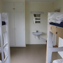 Schlafzimmer für Jugendfreizeiten im norwegischen Gruppenhaus Haraset.