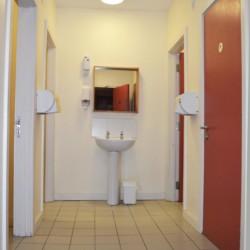 Sanitäre Anlagen im Gruppenheim Lackan House für Kinder und Jugendfreizeiten in Irland.