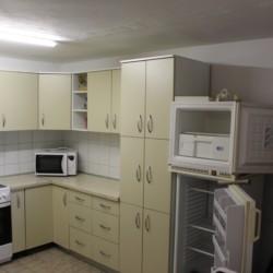 Die ausgestattete Küche für Selbstversorgergruppen im Gruppenhaus Haus Martin in Kroatien am Meer.