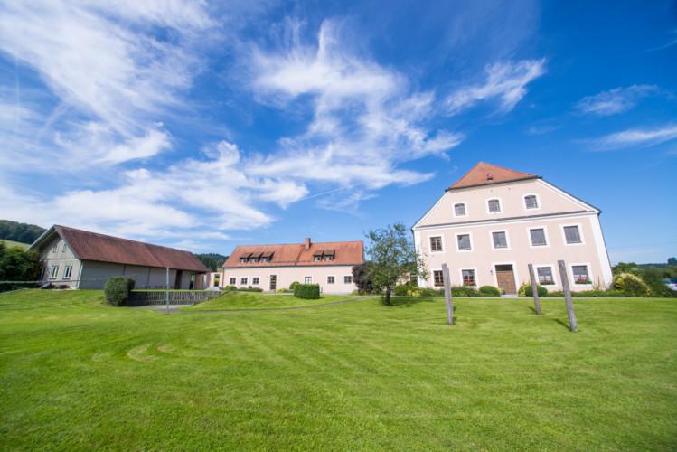 Jugendhaus Ering für Kinderfreizeiten in Bayern
