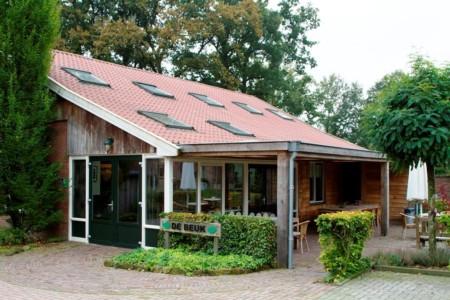 freundliches Gruppen Handicaphaus mit schöner Terasse niederländisches Freizeithaus Het Keampke Beuk