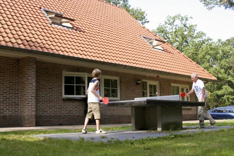 Die Außenausstattung des Frezeitheims Stins in den Niederlanden.
