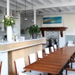 Speisesaal im Gruppenhotel KOM! in den Niederlanden.