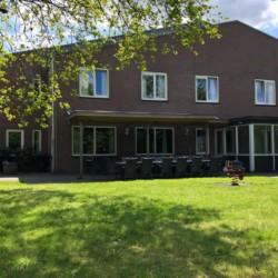 Das handicapgerechte niederländische Gruppenhaus Voorhuis/Achterhuis für Menschen mit Behinderung.