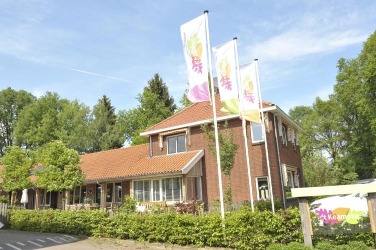 handicapgerechtes Feriendorf für Behinderte. Niederländische Gruppenhaus Het Keampke Haus Meidoorn