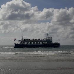 Strand und Meer in der Nähe des Gruppenhotels Ameland in den Niederlanden.