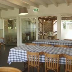 Der Speisesaal im niederländischen Freizeitheim Schop.