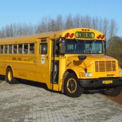 Der amerikanischer Schulbus im niederländischen Freizeitheim Schop.