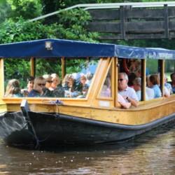 Bootstouren im handicapgerechten niederländischen Gruppenhaus SuyderZee.