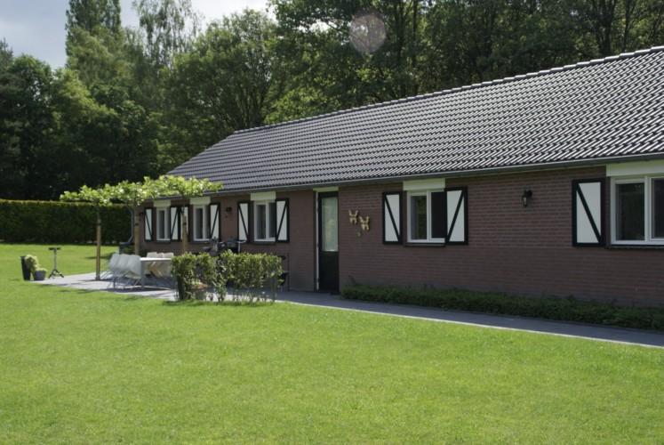Das Ferienhaus Kleiner Schmetterling in den Niederlanden von außen.