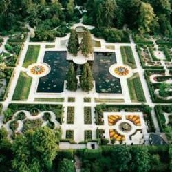 Der Schlosspark in Arcen ist nicht weit entfernt vom Ferienhaus Kleiner Schmetterling in den Niederlanden.