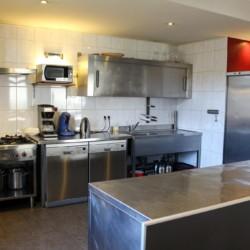 Die Küche im Gruppenhaus Leilinde in den Niederlanden.