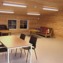 Ein Aufenthaltsraum im Haus Fjelltun Leirsted in Norwegen.