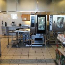 Profi-Küche im norwegischen Gruppenhaus Gulsrud Leirsted direkt am See für Kinderfreizeiten