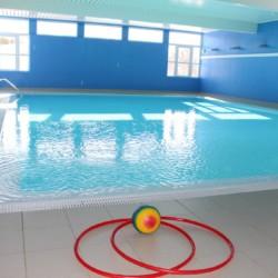 Das Schwimmbad des Gruppenhauses Knaben Leirskole in Norwegen.