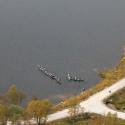Die Kanus des norwegischen Hauses Knaben Leirskole.