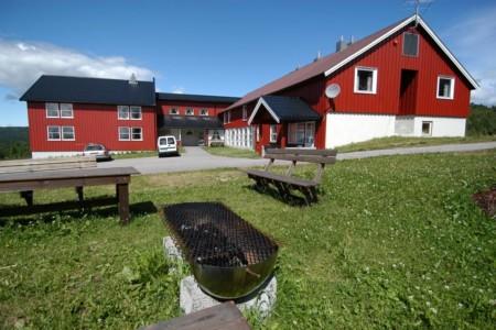 norwegisches Freizeitheim Gautestad Misjonssenter am See für Sommerfreizeiten