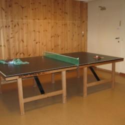 Tischtennisplatte im norwegischen Gruppenhaus Solsetra Misjonssenter