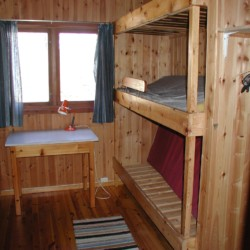 Die Familiekojen im Gruppenhaus Undeland in Norwegen.