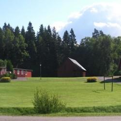 Der Fußballplatz des Gruppenhauses Berghems in Schweden.