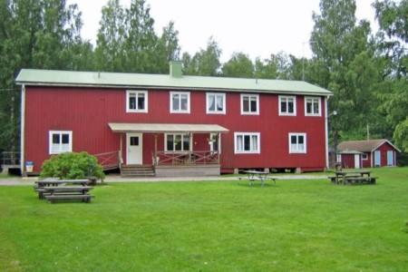 schwedisches Freizeitheim Däldenäs direkt am See für Jugendfreizeiten